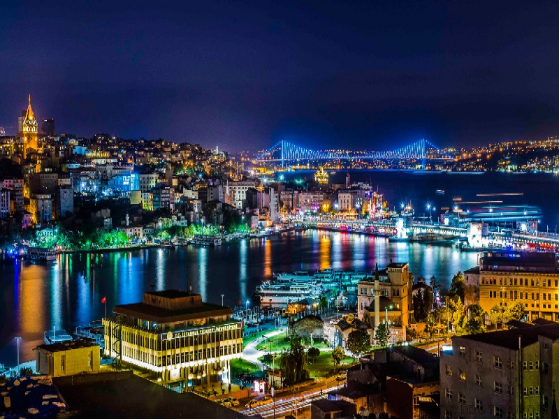 ISTANBUL BY NİGHT